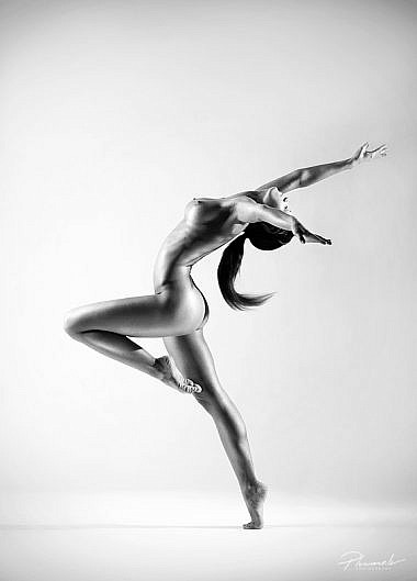 Kailfoto, Fotogrāfs Mārtiņš Plūme, atlētisks kailfoto, atlētiska meitene