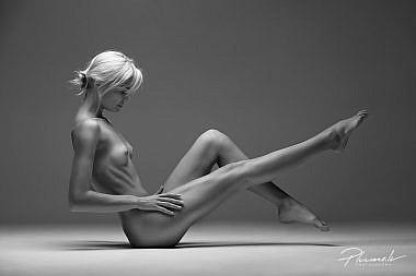 Kailfoto, skaists augums, nude art latvia, latvia girl, dibens, kaila meitene, Fotogrāfs Mārtiņš Plūme