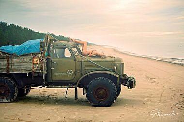 Kurzemes pludmale, Kailfoto, Fotogrāfs Mārtiņš Plūme
