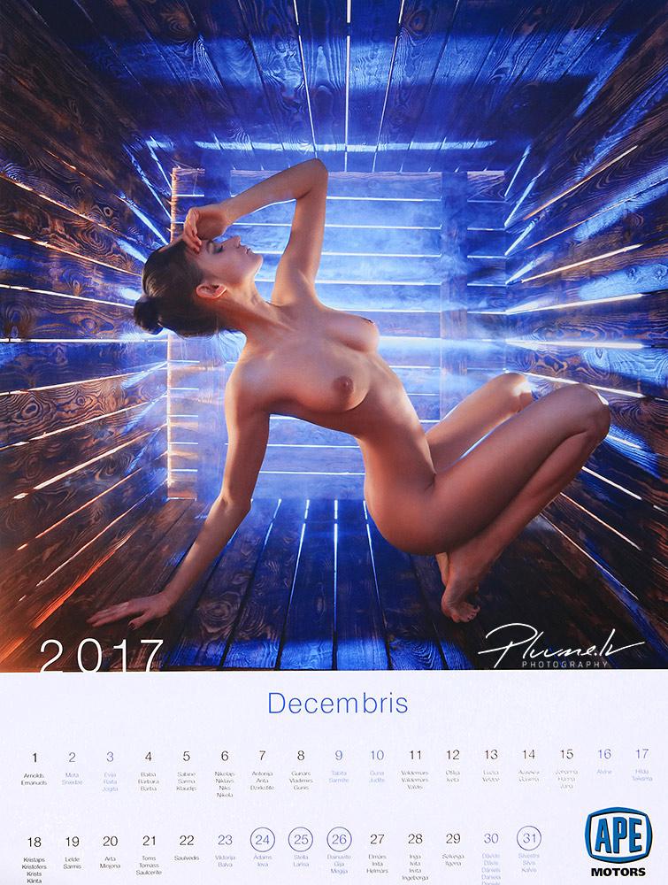 erotiskais-kalendars-2017-ape-motors-kailfoto-nude-art-nude-art-calendar-latvia-fotografs-martins-plume-12